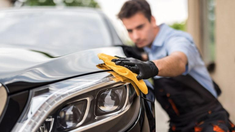 Making Your Car Look New Again With Vehicle Detailing