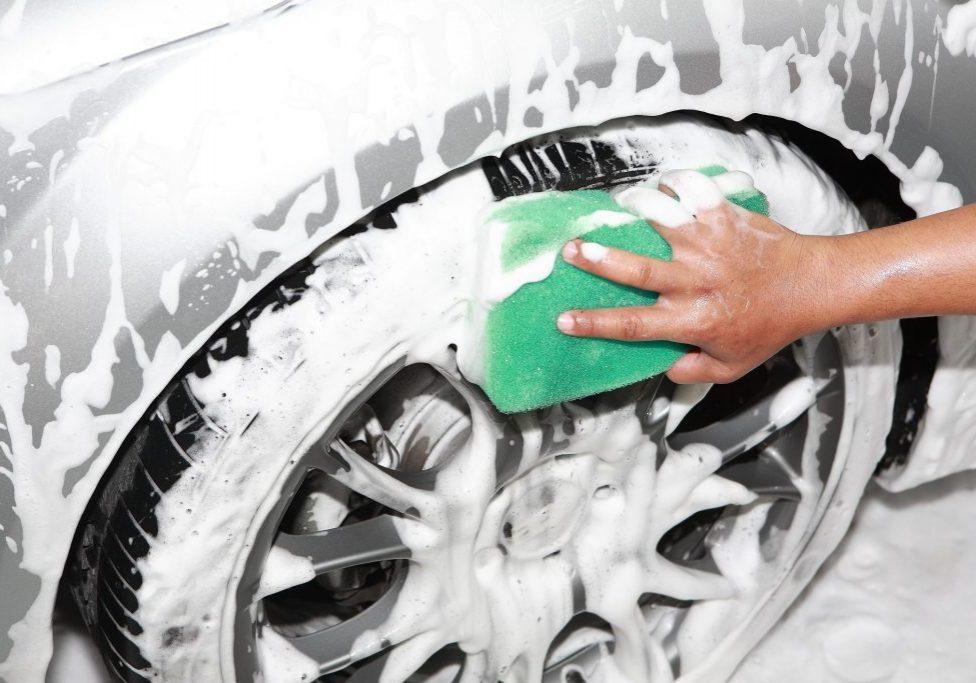 Car Detailers Brisbane - Car wash 1